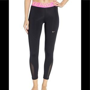 NWT Women's NikePro 7/8 Tight with Florescent Pink